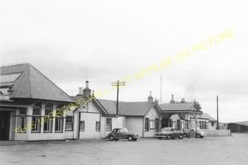 Ballater Railway Station Photo. Cambus O'May, Aboyne, Banchory and Aberdeen (17)
