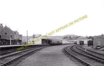 Ballater Railway Station Photo. Cambus O'May, Aboyne, Banchory and Aberdeen (5)
