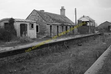 Bampton Railway Station Photo. Brize Norton. Witney - Alvescot. (12)