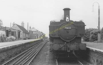 Bampton Railway Station Photo. Brize Norton. Witney - Alvescot. (19)