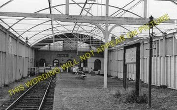 Banbury Merton Street Railway Station Photo. Farthinghoe and Brackley Line. (2)