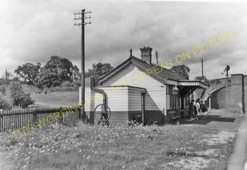 Bangor-on-Dee Railway Station Photo. Marchwiel - Overton. Wrexham Line. (5)