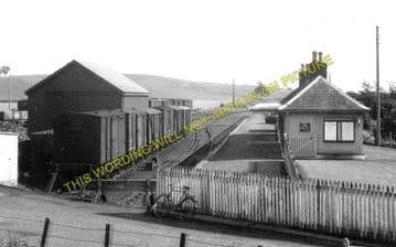 Bankfoot Railway Station Photo. Strathord, Luncarty and Perth Line. (4)