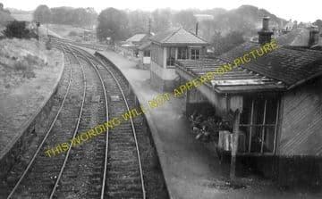 Banknock Railway Station Photo. Colzium - Dennyloanhead. Kilsyth to Larbert. (1)..