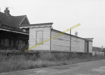 Barcombe Mills Railway Station Photo. Lewes - Isfield. Uckfield Line. LBSCR (10)