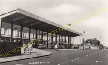 Barking Railway Station Photo. East Ham to Dagenham and Rainham Lines. LT&SR (17)