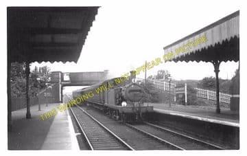 Barkingside Railway Station Photo.Fairlop - Newbury Park. Great Eastern Rly. (4)