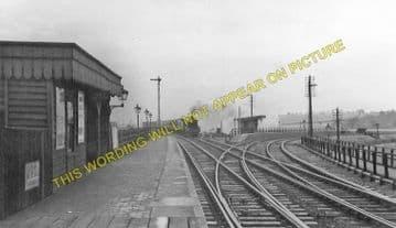 Barkston Railway Station Photo. Grantham to Claypole and Honington Lines. (2)..