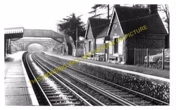 Barming Railway Station Photo. Maidstone - Malling. Sevenoaks Line. SE&CR. (3)