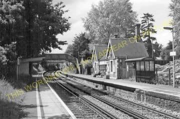 Barming Railway Station Photo. Maidstone - Malling. Sevenoaks Line. SE&CR. (8)