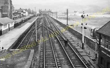 Barmouth Railway Station Photo. Fairbourne - Harlech. Cambrian Railway. (30)