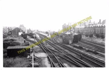 Barmouth Railway Station Photo. Fairbourne - Harlech. Cambrian Railway. (8)