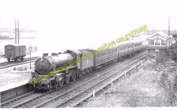 Barnby Dun Railway Station Photo. Doncaster - Stainforth & Hatfield. GCR. (4)