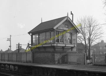 Barnehurst Railway Station Photo.Bexleyheath - Dartford. Gravesend Line. (11)
