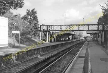 Barnehurst Railway Station Photo.Bexleyheath - Dartford. Gravesend Line. (13)