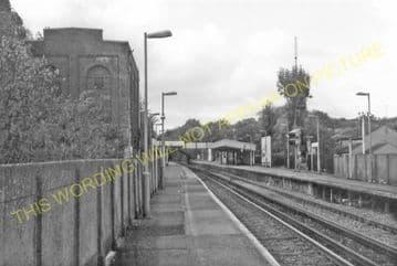 Barnehurst Railway Station Photo.Bexleyheath - Dartford. Gravesend Line. (15).
