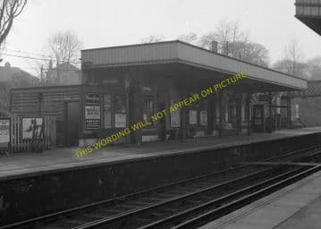 Barnehurst Railway Station Photo.Bexleyheath - Dartford. Gravesend Line. (5)