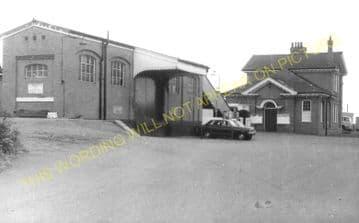 Barnetby Railway Station Photo. Brocklesby to Elsham, Brigg and Howsham. (20)