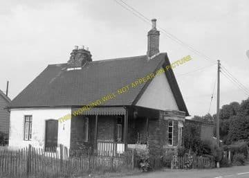 Barnwell Railway Station Photo. Thorpe to Oundle. Thrapston & Wansford Line (6)