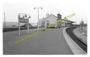Barry Docks Railway Station Photo. Cadoxton - Rhoose. Barry Railway. (1)