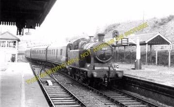 Barry Island Railway Station Photo. Cadoxton - Rhoose. Cardiff to Aberthaw. (2)