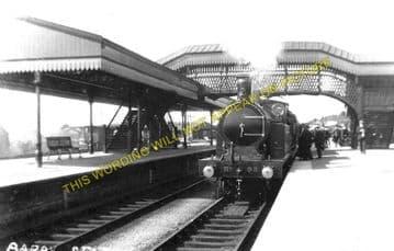 Barry Railway Station Photo. Cadoxton - Rhoose. Cardiff to Aberthaw Line (1)