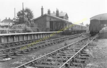 Barton-on-Humber Railway Station Photo. New Holland and Goxhill Line. (9).