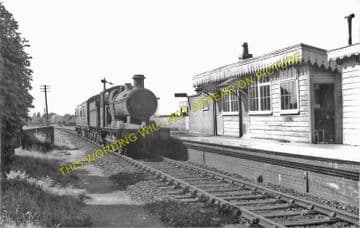 Bason Bridge Railway Station Photo. Highbridge - Edington. Burnham Line (4)