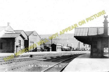 Batley Railway Station Photo. Dewsbury to Howden Clough and Woodkirk. GNR. (2)
