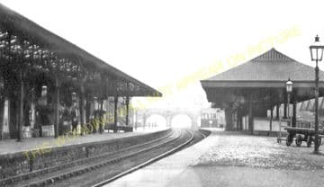 Batley Railway Station Photo. Staincliffe to Birstal and Morley Lines. (2)