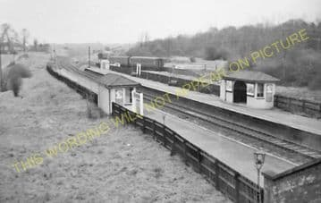 Bayford Railway Station Photo. Cuffley & Goff's Oak - Hertford. GNR. (9).