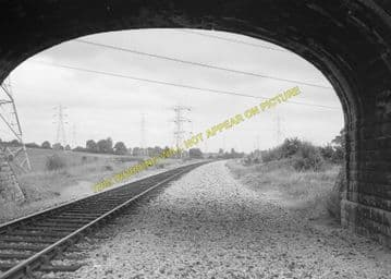 Beanacre Railway Station Photo. Lacock - Melksham. Chippenham to Trowbridge (4)