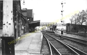 Beccles Railway Station Photo. Brampton to Geldeston, Lowestoft Line (5)