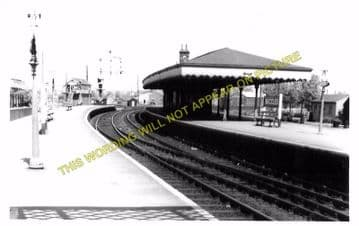 Beccles Railway Station Photo. Brampton to Geldeston, Lowestoft Line (8)