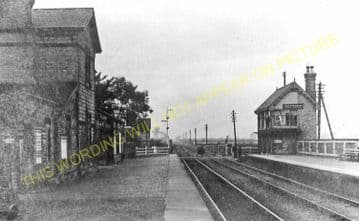 Beckingham Railway Station Photo. Gainsborough - Walkeringham. Haxey Line. (1)
