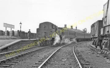 Beith Town Railway Station Photo. Barrmill and Lugton Line. Caledonian & GSW (7)