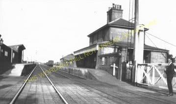 Belton & Burgh Railway Station Photo. Great Yarmouth - St. Olaves. (2)
