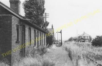 Belton Railway Station Photo. Epworth - Crowle. Haxey to Reedness. (7).