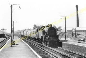Berwick Railway Station Photo. Polegate - Glynde. Eastbourne to Lewes. LBSCR (5)