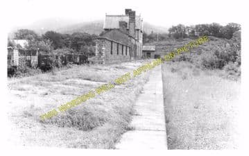 Bethesda Railway Station Photo. Tregarth and Bangor Line. L&NWR. (2)
