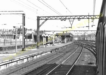 Bethnal Green Railway Station Photo. Liverpool Street to Bow & Hackney Lines (10)