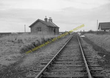 Bilbster Railway Station Photo. Wick - Watten. Georgmas Junction Line. (4)