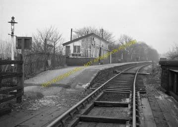 Birch Vale Railway Station Photo. New Mills - Hayfield. GCR + Midland. (1)