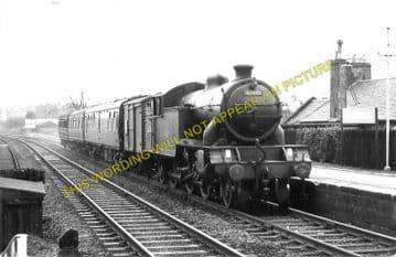 Bishopbriggs Railway Station Photo. Glasgow - Lenzie. North British Railway. (2)
