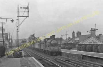 Bishopbriggs Railway Station Photo. Glasgow - Lenzie. North British Railway. (3)