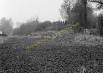 Black Dog Railway Station Photo. Chippenham - Calne. Great Western Railway. (4)