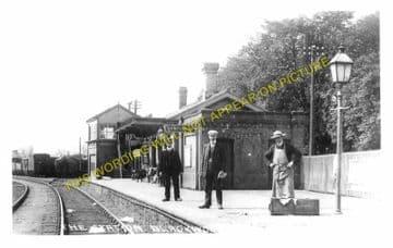 Blackwood Railway Station Photo. Argoed - Pontllanfraith. Tredegar to Risca. (3)