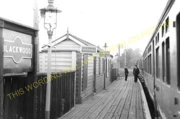 Blackwood Railway Station Photo. Argoed - Pontllanfraith. Tredegar to Risca. (8)