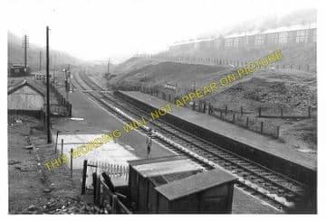Blaengwynfi Railway Station Photo. Cymmer - Blaenrhondda. Treherbert Line (3)
