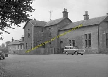 Blairgowrie Railway Station Photo. Rosemount and Coupar Angus Line. (4)